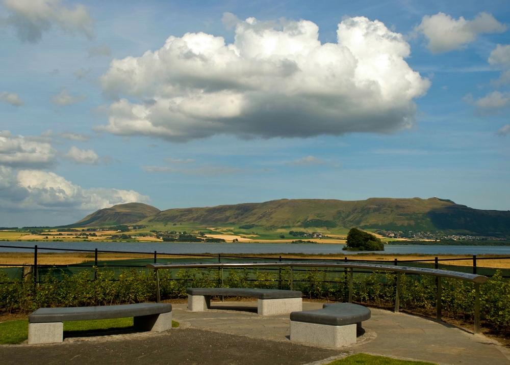 Kinross Heritage Trail handrail view2